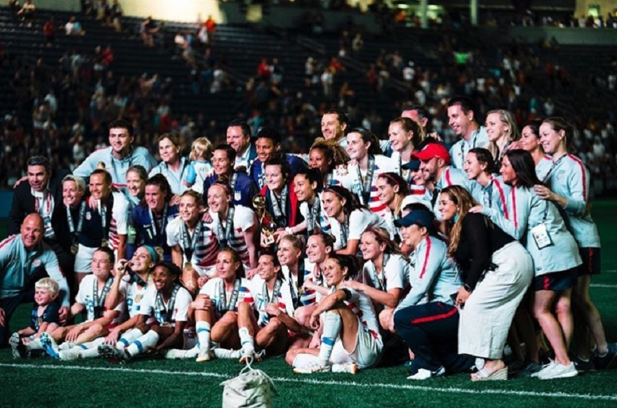 On July 9, the USWNT scored their fourth FIFA Women's World Cup and revisited the topic of unequal pay (Photo credits to hami.photos).
