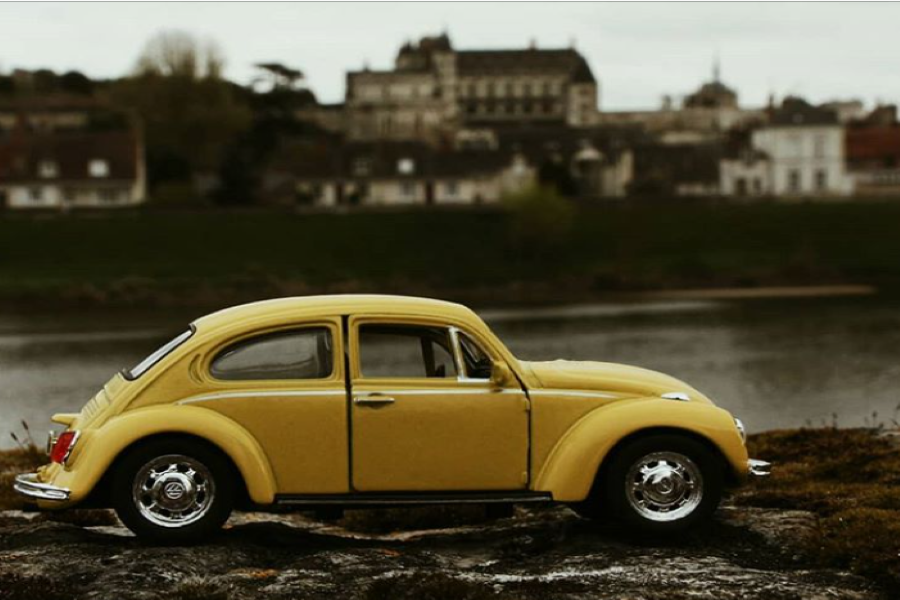The photo shows a model of the infamous worn out yellow Volkswagen Beetle that Bundy used to kidnap many women. The color made him seem like a charismatic person, which added on to how bright his personality seemed (Photo courtesy of Alia Abbas, photo credits to Betty the Beetle).